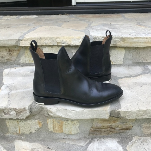 c8d00185a Everlane Shoes | Modern Chelsea Boots In Black | Poshmark